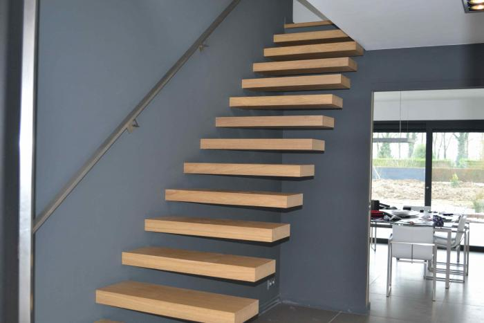 Escalier design design interieur lille perenchies nord for Design escalier interieur
