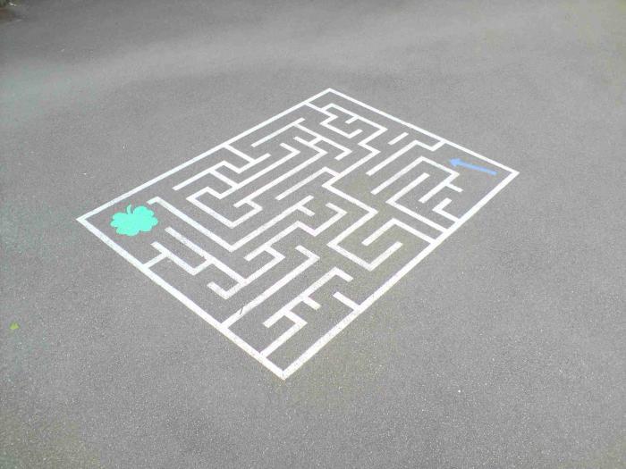 labyrinthe pour cour de r cr ation design interieur lille perenchies nord. Black Bedroom Furniture Sets. Home Design Ideas